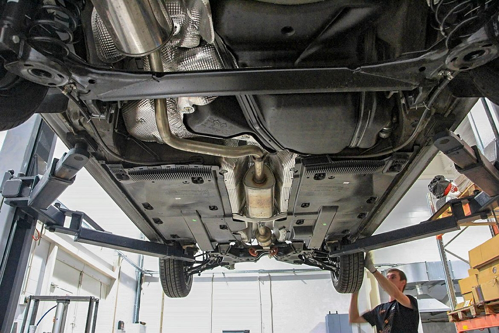 Какая подвеска у нового Фольксваген Поло лифтбек: передняя, задняя
