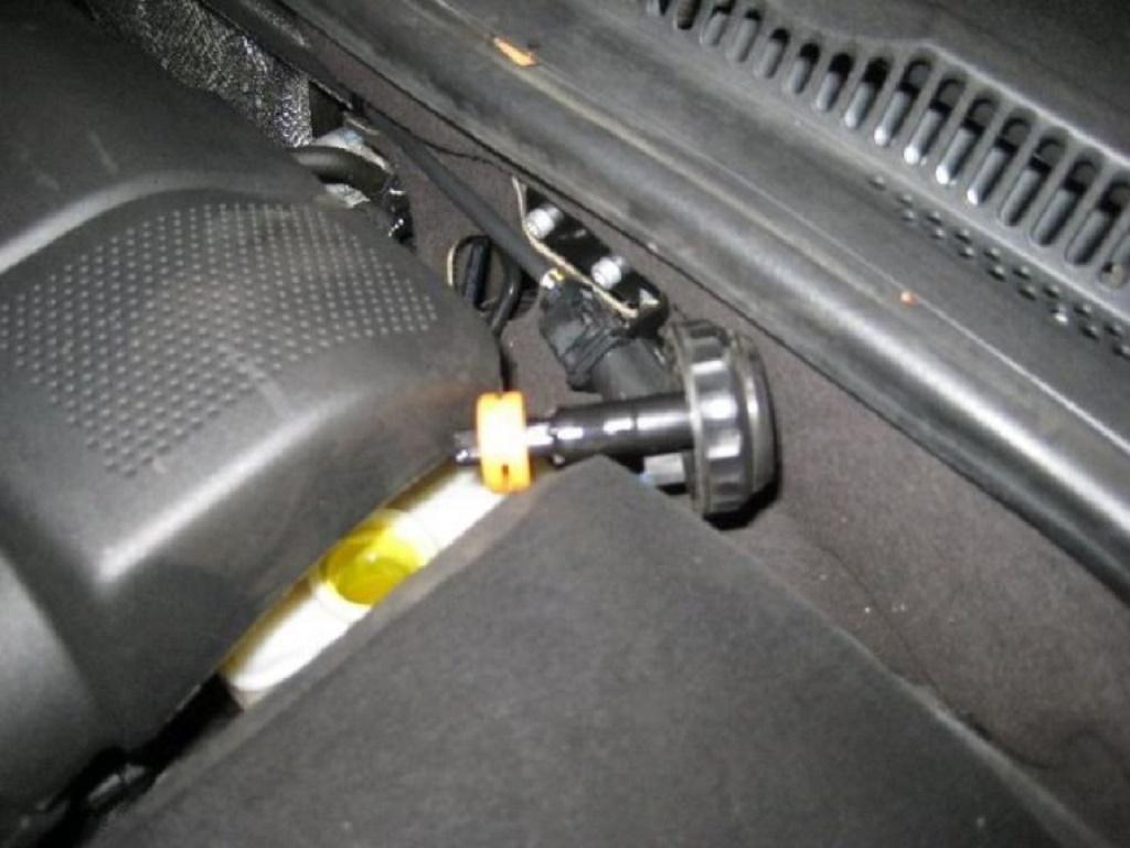 Процедура замены колодок на ФВ Джетта 6: передние, задние